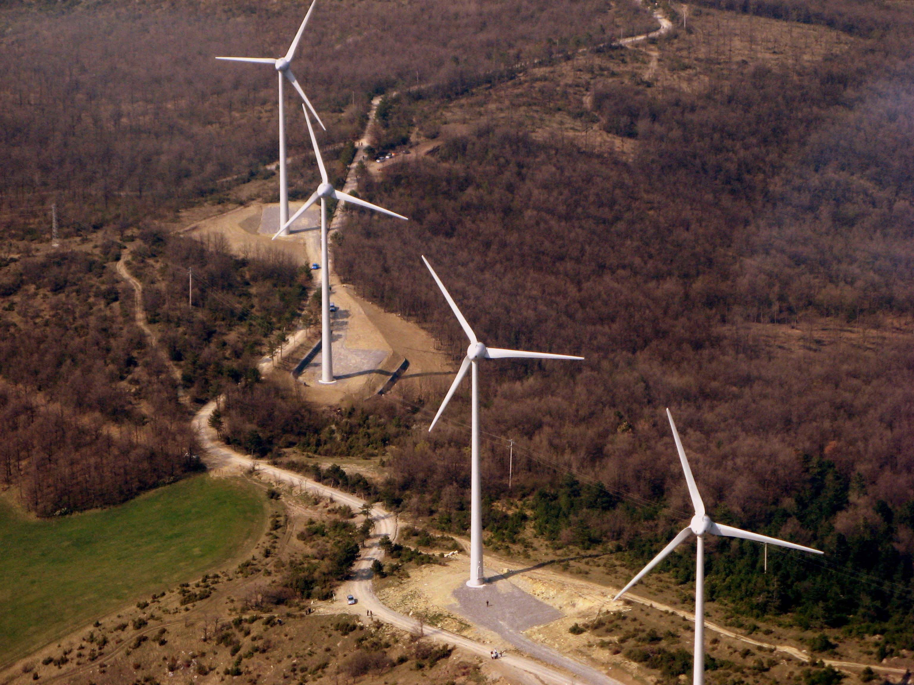 Casoni di Romagna, il parco eolico prende forma.