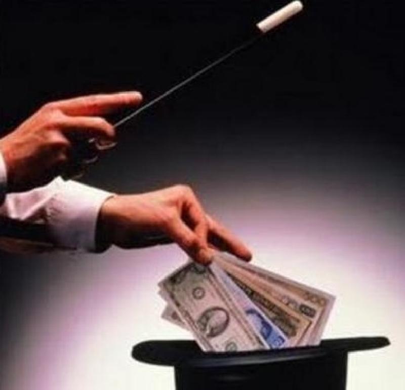 Finanza creativa : tassa sui permessi di soggiorno.
