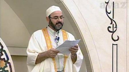 La proposta di Fini : gli Imam predichino in italiano.