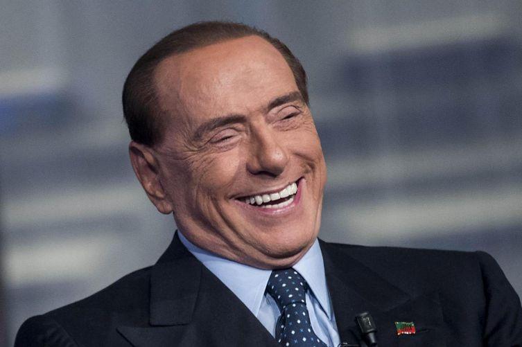 La nuova battuta (divertente?) di Berlusconi.