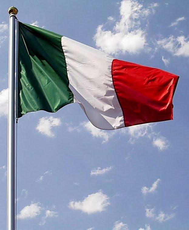 Incubi di mezza estate targati Lega: bandiere regionali e gabbie salariali.