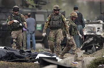 Times : Afghanistan, i soldati italiani hanno pagato i telebani.