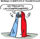 Francia, le espulsioni e il divieto di portare il burqa scatenano le polemiche.