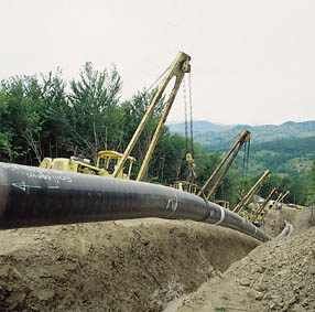 Rete Adriatica, il gasdotto che attraversa l'Appennino. E anche 3 parchi nazionali.