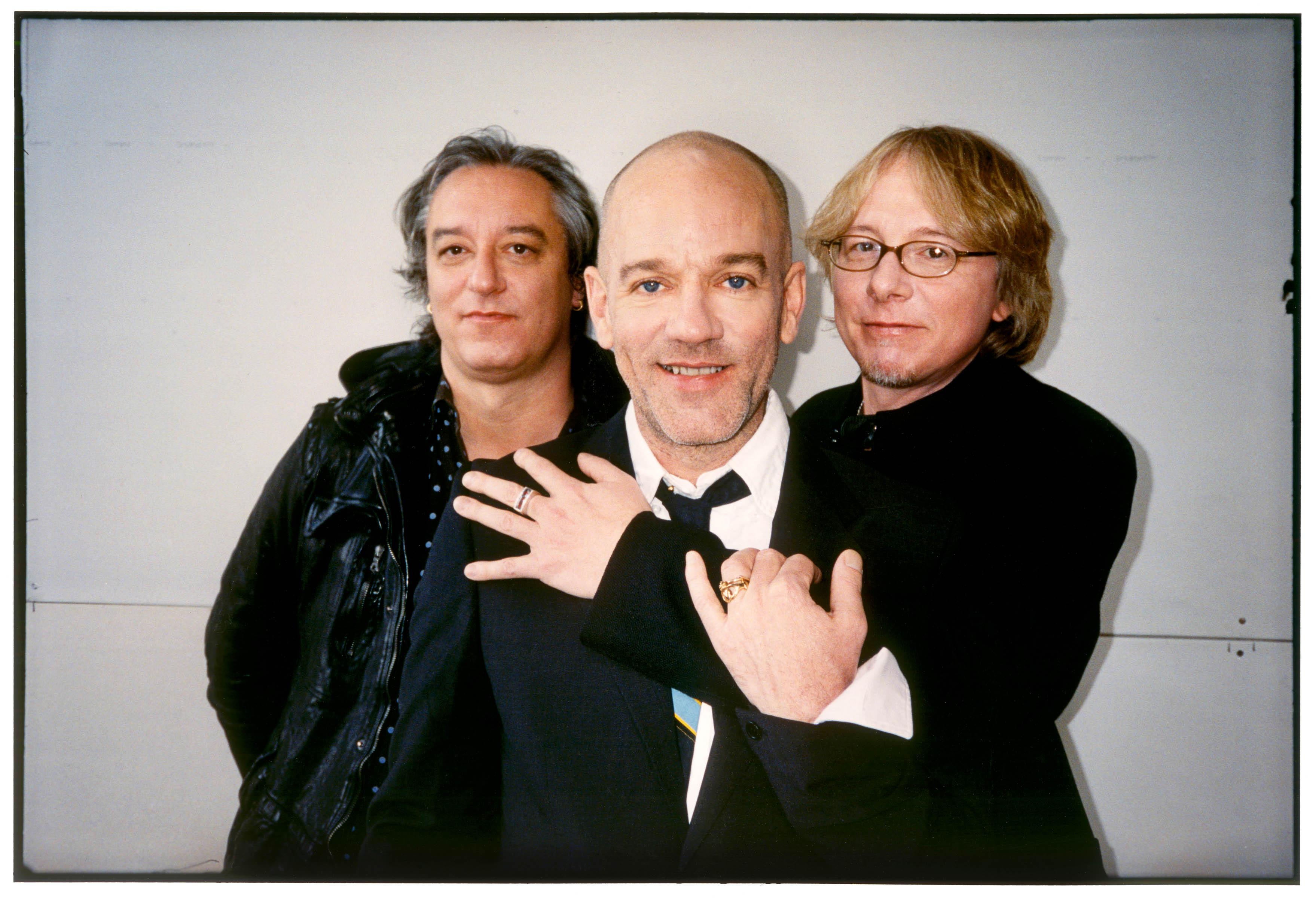 Goodbye R.E.M, si scioglie la rock band americana.