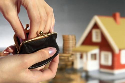 Capannoni, via i tetti per risparmiare sulle tasse