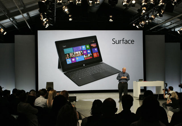 Microsoft presenta Surface, la propria alternativa all'iPad di Apple