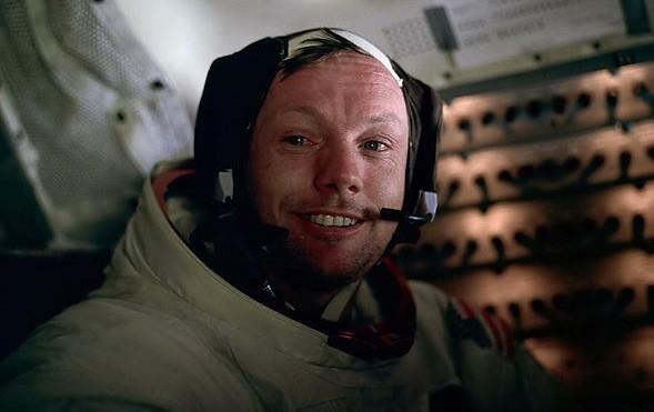 Addio a Neil Armstrong, il primo uomo sulla luna