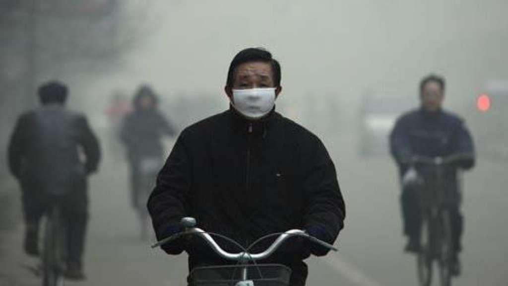 Pechino, smog a livelli record