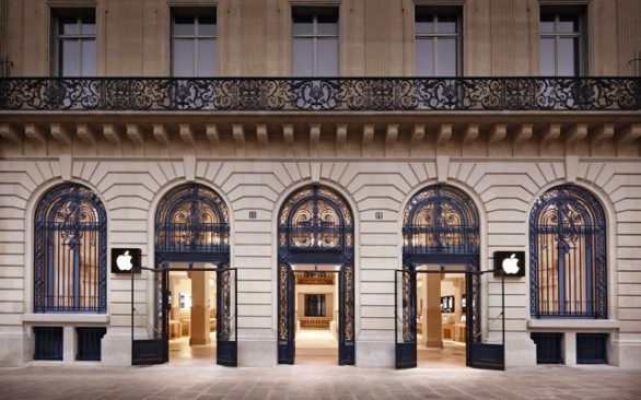 Maxi rapina all'Apple Store di Parigi, bottino oltre un milione di euro