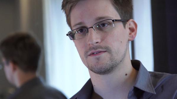 Datagate. Chi è Edward Snowden?