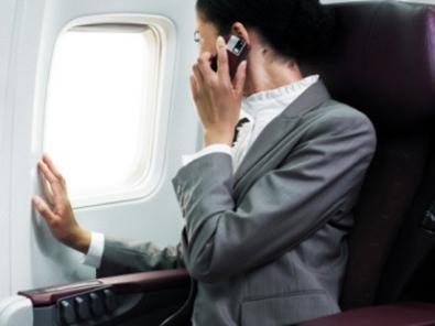 Per l'UE OK all'utilizzo di Tablet e Cellulari in aereo