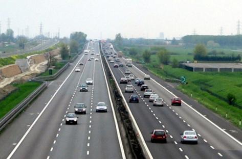 Autostrade secondo tradizione.  Anno nuovo, nuovi rincari
