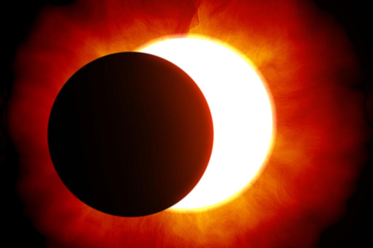 7 Agosto: Eclissi parziale di Luna. 21 Agosto: Eclissi Totale Solare